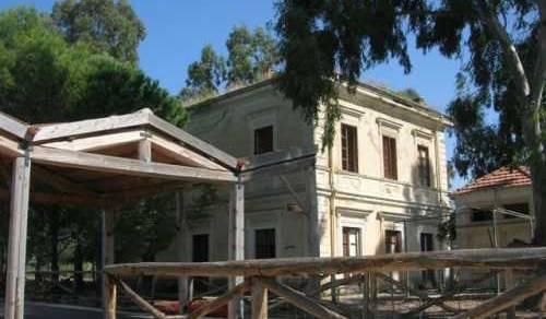 Immagine: Menfi. Il Comune eserciterà il diritto di prelazione per l'acquisto della ex stazione di Porto Palo!